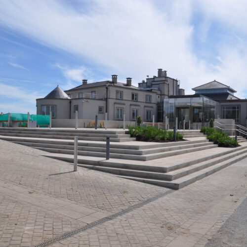 Scollard Doyle Construction Cost Consultants Portmarnock Hotel Building with glass box entrance